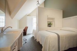 Retreat_WomensCenter_Bedrooms-15